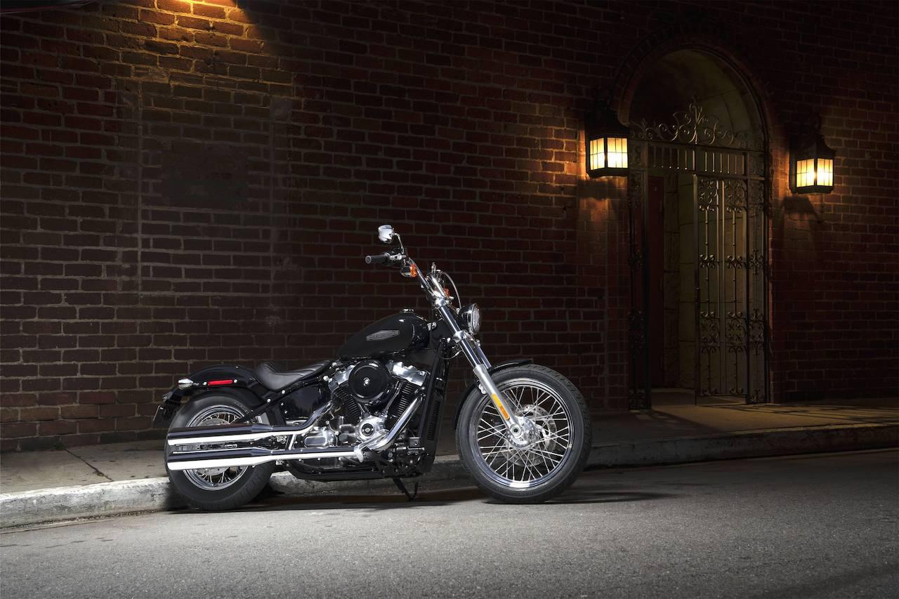 2020-harley-davidson-Softail-Standard-Revista-moto-adventure