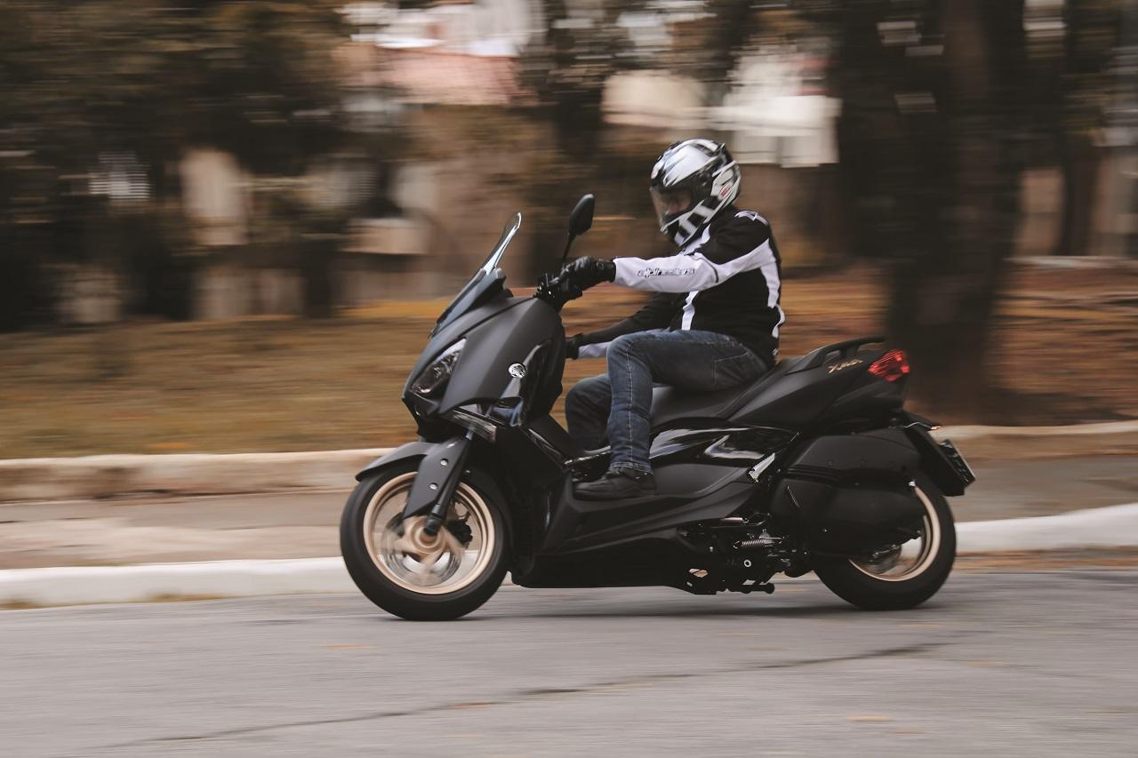 Yamaha-X-max-250-Revista-moto-adventure-Edgar-Klein (4)